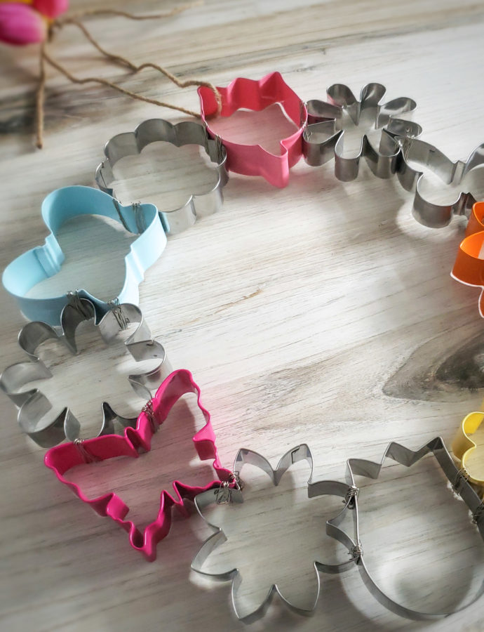 Spring Cookie Cutter Wreath